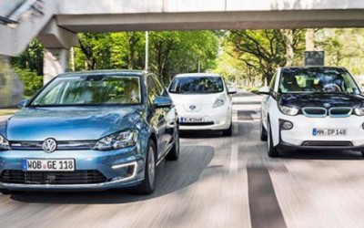 UK electric fleet passes 32,500 mark