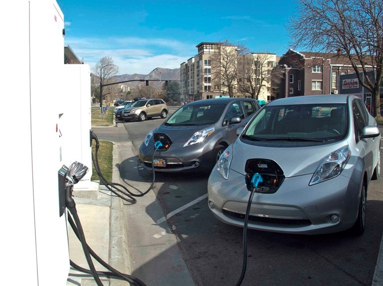 Nissan Leaf electric cars being re-charged in the United States/ Picture Alex Robertson